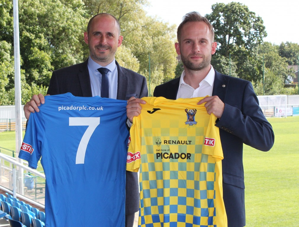 PICADOR RENAULT AGREE SPONSORSHIP DEAL WITH AFC TOTTON